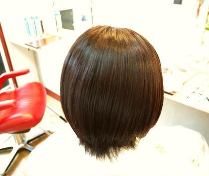 学生さんの夏休みで少し明るくした髪の黒髪戻しなんかもやってます(^^) 基本的には白髪染めは使わないのでまた明るくするときも安心です! 艶々(((o(*゚▽゚*)o))) 西洋髪結OORE所属・小田浩司のスタイル