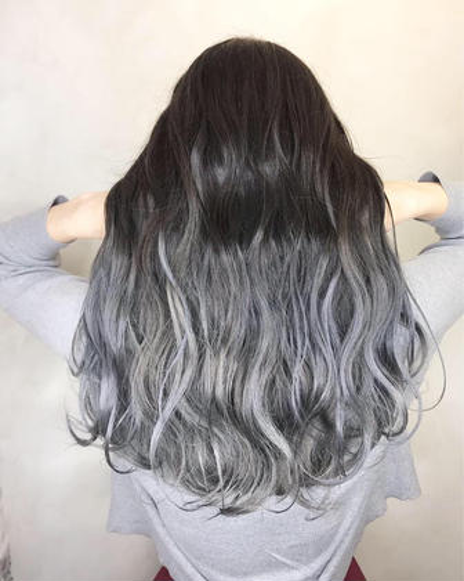 Aust hairStella所属のmoeRi.Nのヘアカタログ