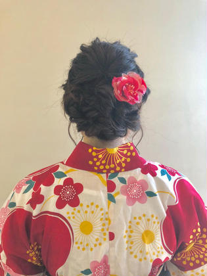 その他 ヘアアレンジ ロング 編み込みスタイルでルーズ感を出し下の方に大きめの編み込みで仕上げました😊❤️