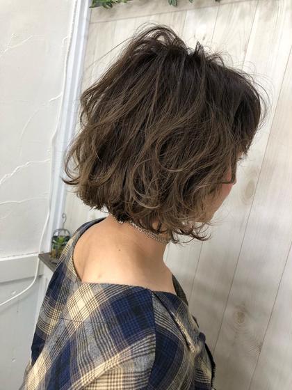 ボブ✨✨✨✨ ちょっぴりグラデーションで動きやすくカット♪ 平井里奈のショートのヘアスタイル