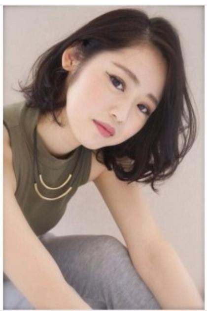 カラー ヘアアレンジ ミディアム 人気スタイル^ ^髪をかきあげて無造作にセット出来ますよ☆