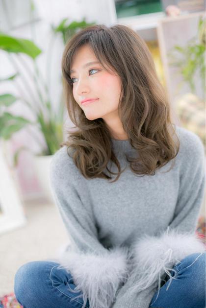 【プチプラNo.2‼️】カット&低ダメージフルカラー & 集中ケアトリートメント¥4000