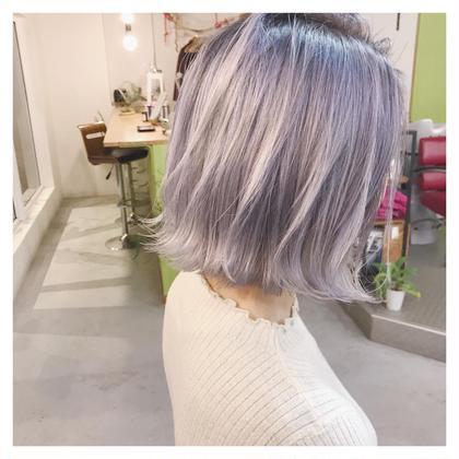 ダブルカラーで作るホワイトカラー gio  hair  design所属・長谷川聖太のスタイル