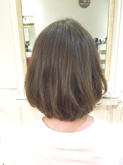 くせ毛を生かして、動きのあるボブに切りました☆ SiESTA CASA所属・島崎ななえのスタイル