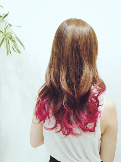 アッシュ×ピンクのグラデーションカラー★ いつもの色に飽きた方や、ビビッドな色を出したい方にオススメ♪ Blanc.所属・石川雅人のスタイル