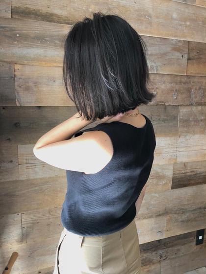 その他 カラー キッズ ショート ネイル ヘアアレンジ マツエク・マツパ 【 ハイライト × グレージュ 】  グレーベースにハイライトを足したデザインカラーです🌟  細かいハイライトが退色してもメッシュっぽくならず自然と馴染むのでお客様から大好評です☺️  黒髪まではいきませんが、これだけトーンを落としても独自のこだわりのある選定で透明感たっぷりのグレージュカラーで重く見えません😊