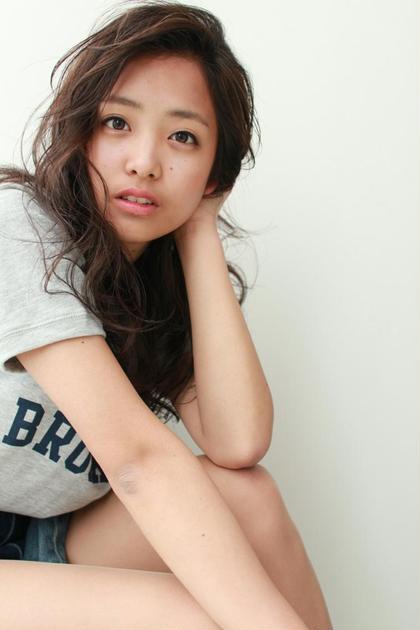 撮影サロンモデルの写真です。 ZEST 三鷹店所属・吉澤優のスタイル