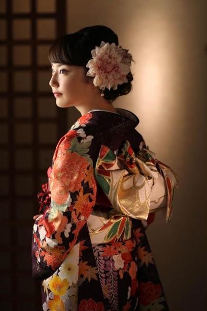 【2021年新成人限定!】振袖美人 小顔&美デコルテコース✨+ヘッドスパ 40分