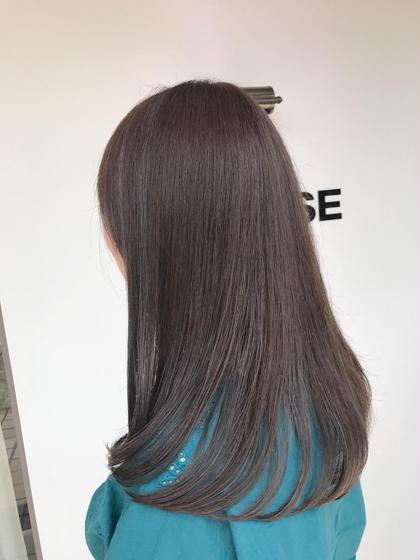 ロング ⭐️サラサラ艶ロング⭐️  毛先の乾燥が気になる時はすこしカットしてあげるだけ手触りも抜群に変わります❤️  ツヤツヤになる炭酸泉&トリートメントでキレイな髪になりたい方はこのメニューがオススメ☝️✨