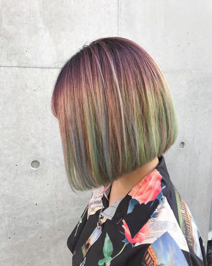カラー ミディアム 根元から中間までをピンクバイオレットで染めて ブルー、イエロー、グリーンでホイルワークで仕上げました!!