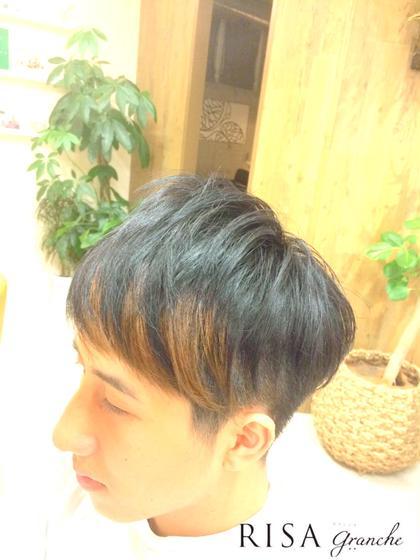 お洒落 メンズショート 刈上げ ポイントカラー  WAX仕上げ  kazuカット RISA hair design所属・内瀬戸雄将のスタイル