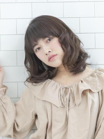 ふわふわパーマ☆  頬当たりの上の方からパーマをかけることによって、ボリュームも出しつつ、まとまるスタイル♪ AUTREbyFUGAhair所属・駒村成美のスタイル