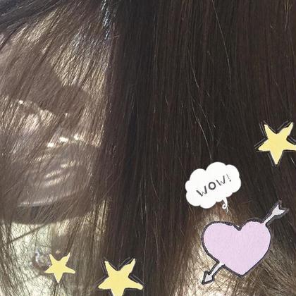 透け感たっぷりのラベンダーグレージュカラー♡ ハイライトを入れてからかぶせると より透明感がアップします♡ Hair room CHARI所属・松尾彩のスタイル
