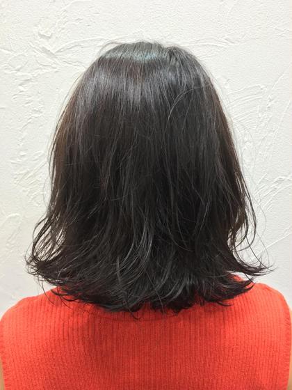 ほんのりアッシュを感じる暗髪 ルシェリア所属・kawabenobuakiのスタイル