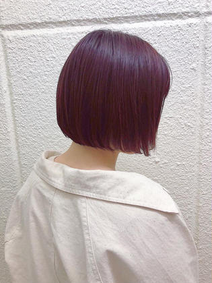 バイオレットレッドが綺麗なヘアカラー!