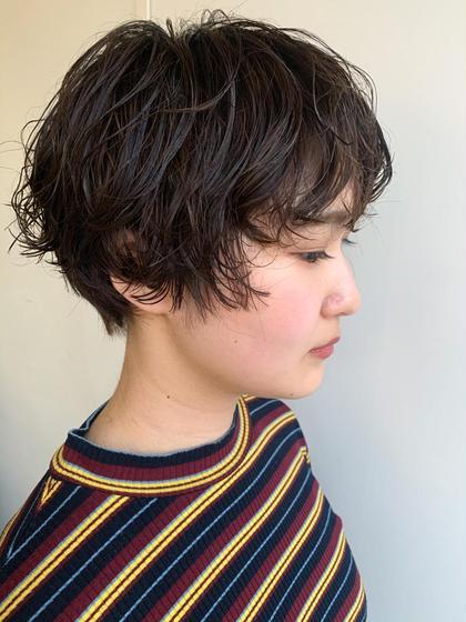 SOCO所属の二色亜美のヘアカタログ