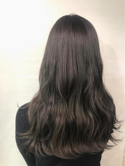 その他 カラー ロング もともとブリーチ毛の髪の毛をグレージュに💗
