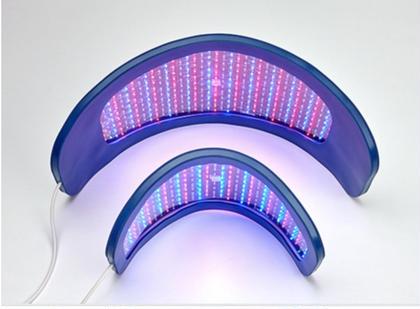 LEDライト ニキビケアやリフトアップに最適です。 アメリカFDA認定ライト。