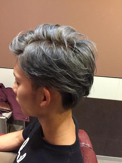 シルバーアッシュ♪( ´▽`) Hair resort Ai 上野店所属・富樫光のスタイル