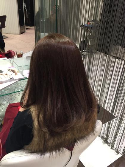 暗めのアッシュでトーンダウンしました✴︎ オレンジ味が抑えられ、透明感のある柔らかな印象に!  ☀️オーガニックカラー☀️ HAIR&MAKE    EARTH小田原所属・相良莉奈のスタイル
