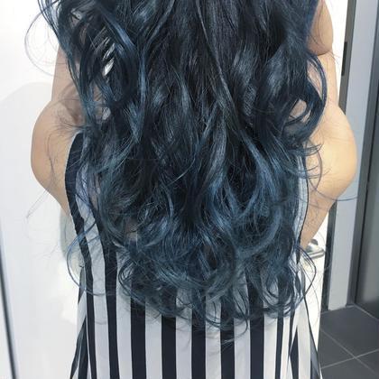 blue gradation color ALIVE所属・桂巻久美乃のスタイル