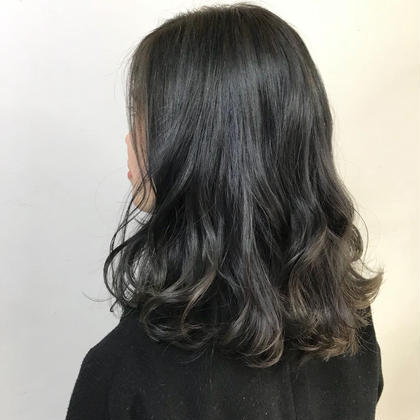 赤みのない外国人風グレージュ♪ Neolive所属・田島結菜のスタイル
