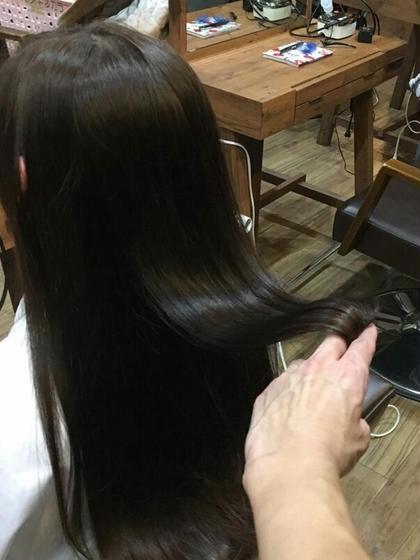 ノンダメージ縮毛矯正です!乾かしただけ!見てわかるこの手触り! FLOWER HAIR所属・田中K吉のスタイル