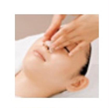 ⭐️毛穴ケア    ⚫︎小鼻の毛穴の汚れがすっきり