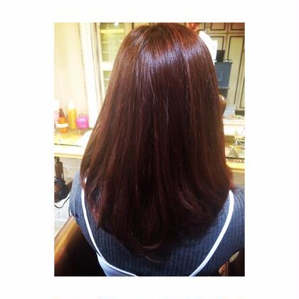 深みがある 赤みのあるピンクブラウン Neolive  aim店所属・松尾菜々美のスタイル