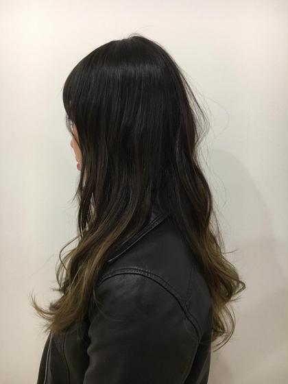 黒髪でもグラデーションカラーでおしゃれになれます☆ カットは少しだけレイヤーを入れて、巻いたときに動きを出しやすく!  SARA新宮店所属・福田奈々のスタイル