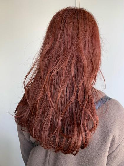 イルミナカラーのピンク色プラス濃いレッドを混ぜた濃厚赤味カラー!! ブリーチなしでも繰り返し入れていけばここまで高発色にできます!! ご相談ください!