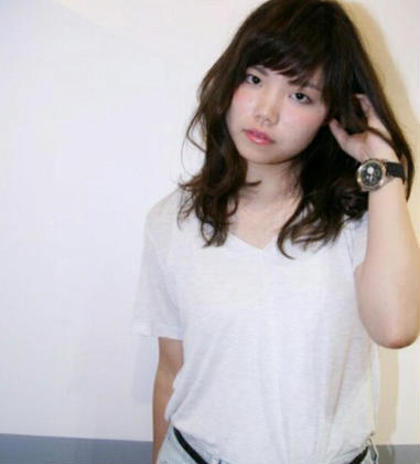 GLEAMS hair design所属・末平智恵のスタイル