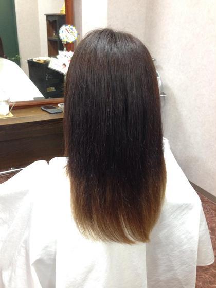 グラデーションカラー アズグロウヘア所属・坂井晴奈のスタイル