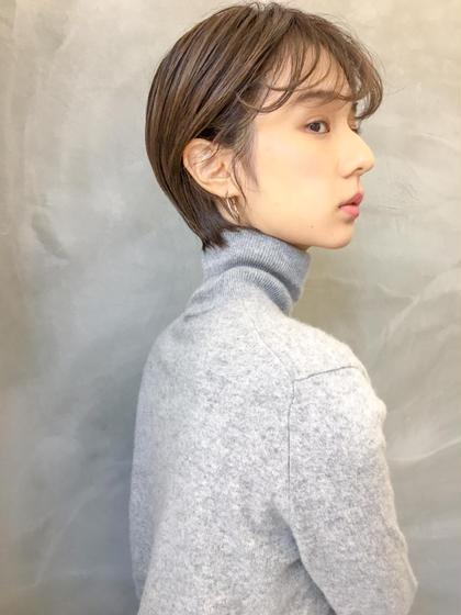 ショート 前髪長めのショートスタイル。 #グレージュカラー#イルミナカラー