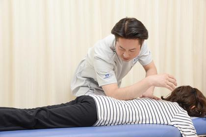 凝った筋肉に効く施術です