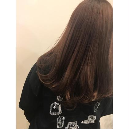 ほんのり春らしくピンクを入れました☺︎  U Hair三軒茶屋所属・眞田裕里のスタイル