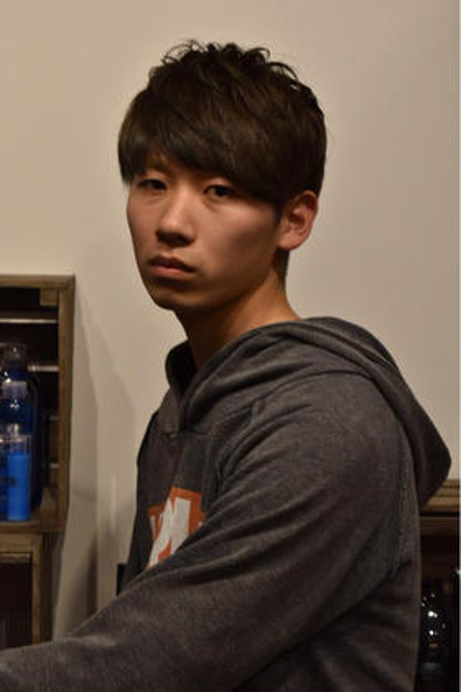 hair&make earth 大宮店所属・吉田茂樹のスタイル