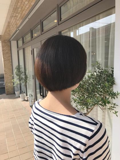 ショート オシャレなマッシュヘア☆ 個性的な雰囲気が出ます(*^^*)  オシャレも楽しくなりますね♪