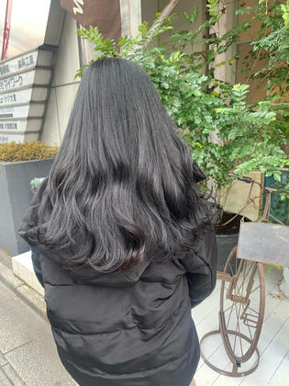 🚨黒染めしたくない方必見🚨赤みの出ない黒髪カラー♡トリートメントご希望の方+¥1,000♡