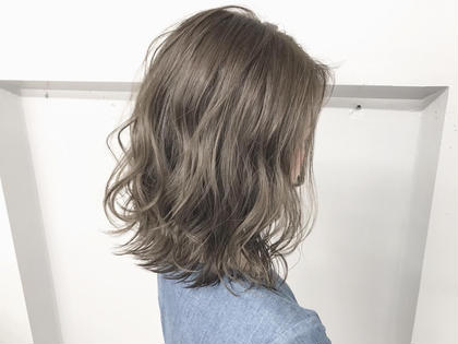 《SNSで大人気〜艶髪に✨》 N.カラー + 前処理トリートメント + 炭酸シャンプー