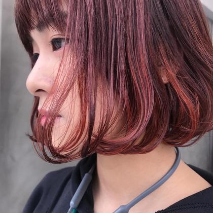 カラー  mini bob×inner color  愛して止まないミニボブ!!!!  チラリと映えるインナーカラー、可愛いですよね~~  前回のカラーが色落ちして、今回はピンクオレンジにチェンジしました!  この時期は暖色系にも惹かれますね!!^^  SUNでお待ちしております!!^^                                                  MIKA                                 instagram/@mika___ishibashi