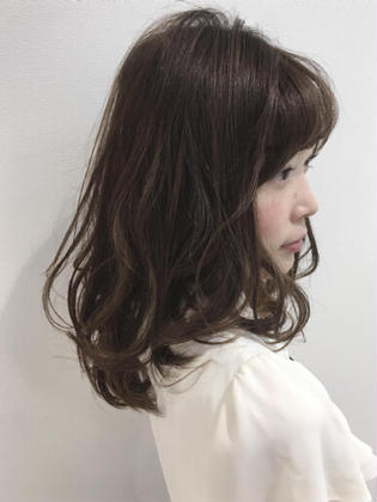 essensuals by TONI&GUY 銀座店所属・今井隆太のスタイル