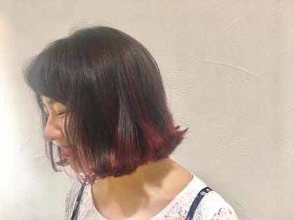 切りっぱなしのショートボブ*  プラムピンクをベースに 毛先にグレープバイオレットを入れた フルーツカラーです♪   HANShair所属・minaのスタイル