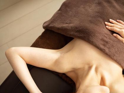 そろそろ夏に向けて準備✨プレミアム美肌全身脱毛〔vio含む〕🙆♀️¥6980😊目指せ‼️ムダ毛ない美肌💎