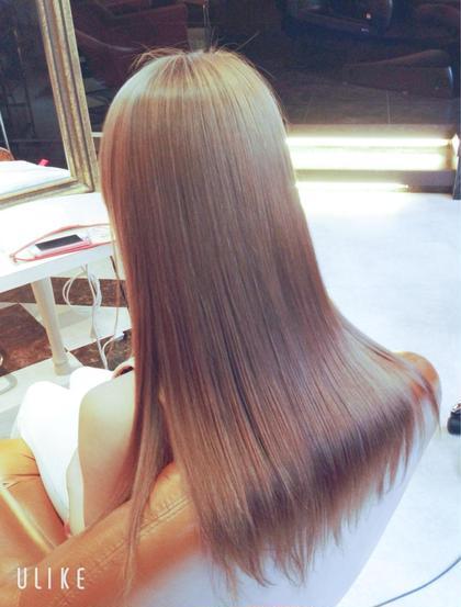 話題沸騰中、傷みが少ない酸性縮毛矯正🌈ブリーチ毛にも可能な縮毛矯正です。是非お試しください⭐️