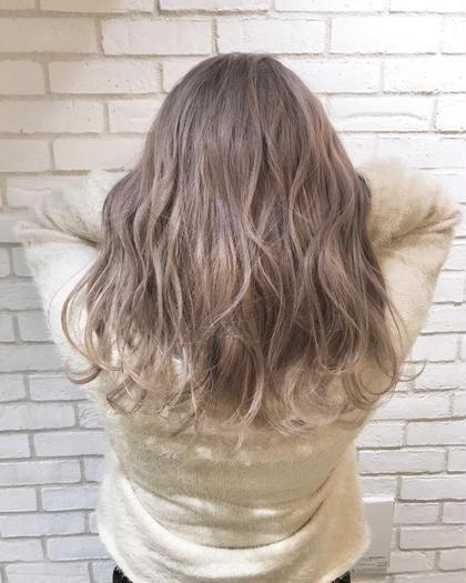 カラー «#デザインカラー» #ハイライト#グラデーション#インナーカラー . #アニメ大好き#ヲタク#anime  #귀엽다  #外国人風 #ヘアアレンジ  #ヘアカラー  #サロンモデル #이쁘다  #イルミナカラー #예쁘다  #헤어스타일 #hairstyle #美容室 #balayage  #バレイヤージュ #hair #外国人風カラー#ハイトーン #グラデーション#highlights #美容院 #헤어 #撮影 #haircolor #成人式