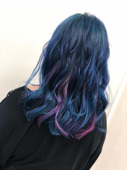 その他 カラー セミロング ヘアアレンジ インナー➡️ターコイズ&ピンクのユニコーンカラー 表面➡️ブルー #派手髪