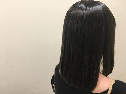 ブルーアッシュ♪ 町田愛花のセミロングのヘアスタイル