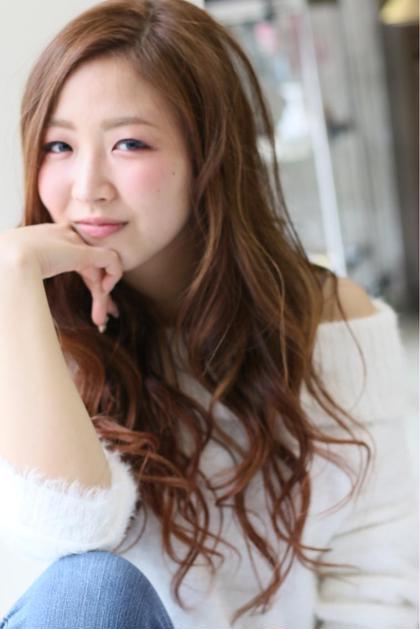 春カラー(๑˃̵ᴗ˂̵) 全体的にハイライトを入れて立体感を❗️ HAIR STUDIO JAP所属・給下麗のスタイル