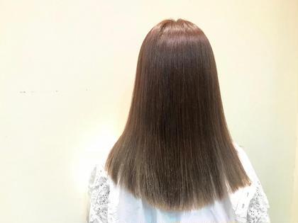 イルミナカラーでグラデーション(*˙ᵕ˙ *)♥️ 橋柿実紀のミディアムのヘアスタイル